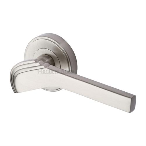 Tiffany Door Handle on Round Rose