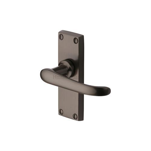 Windsor Short Door Handle on Plate